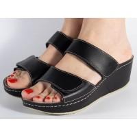 Saboti/Papuci negri din piele naturala dama/dame/femei (cod 6680.1)