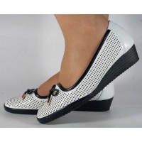 Pantofi platforma perforati albi cu bleumarin dama/dame/femei(028452)