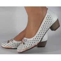 Pantofi albi perforati dama/dame/femei (cod 028450)