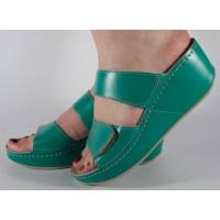 Saboti/Papuci verzi din piele naturala dama/dame/femei (cod 6680.1)