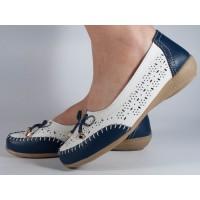 Pantofi platforma perforati albi bleumarin piele naturala dama/dame/femei (cod B753524)
