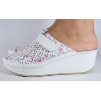Saboti/Papuci MUBB albi cu flori din piele naturala dama/dame/femei (cod 666F2)